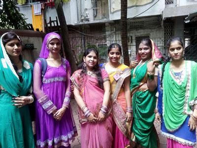 Vimita-Prabith,-Prateeksha-Kedare,-Kanta-Kumari,-Aqsa-Shaikh,-Tehseen-Mukadam,-Nausheen-Pathan
